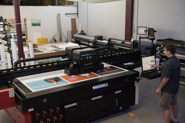 Flatbed Printer 2 600x400 1